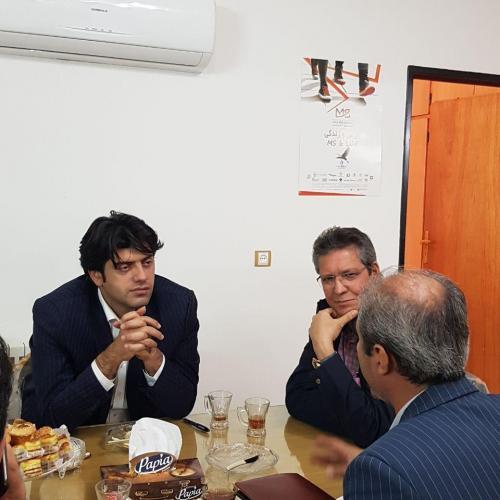 نشست صمیمی با حضور دکتر دامادی نماینده محترم ساری در دفتر انجمن - 12 آذر ماه 1396