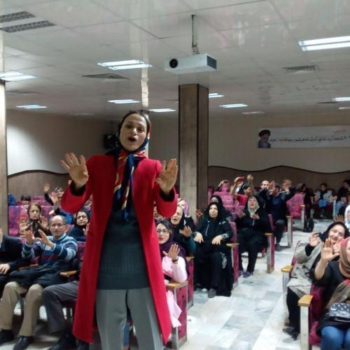 برگزاری کلاس برای بیماران انجمن در تاریخ 11 بهمن ماه 1397